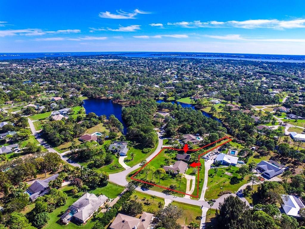 124 NE Acacia Trail, Jensen Beach, FL 34957
