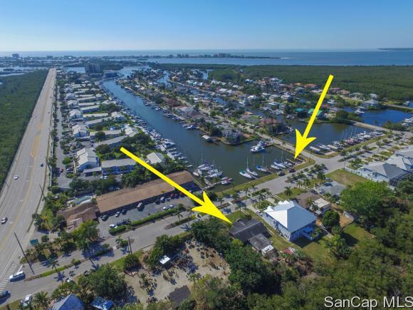 12070 Siesta Dr, Fort Myers Beach, FL 33931