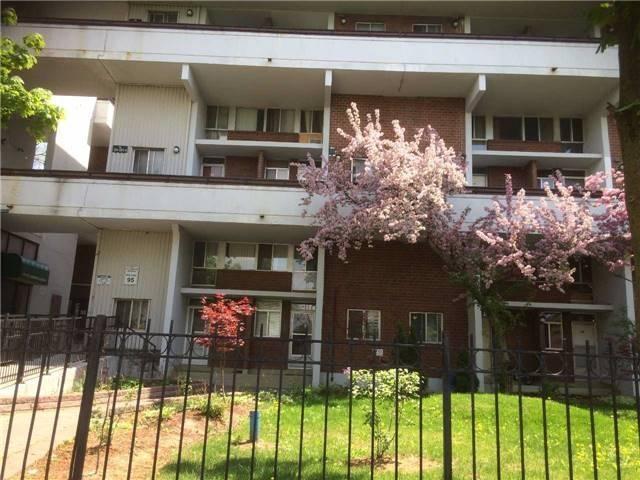 155 Leeward Glenway #206, Toronto, ON M3C 2Z6