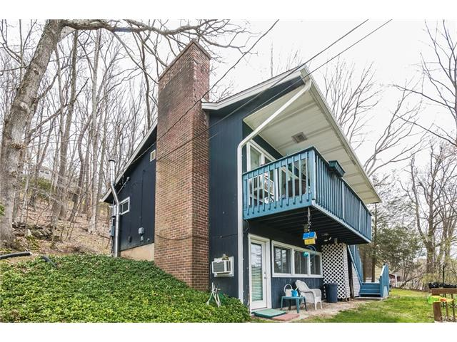 9 Lakeview Road, New Milford, CT 06776