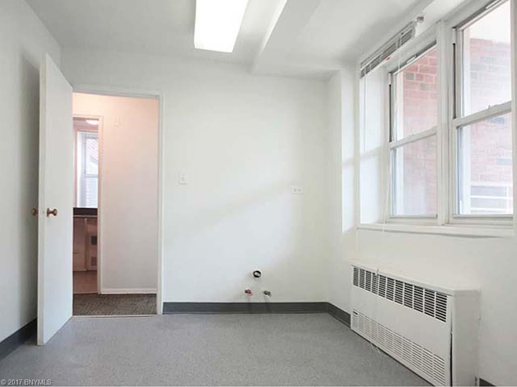 2711 Avenue X L1, Brooklyn, NY 11235