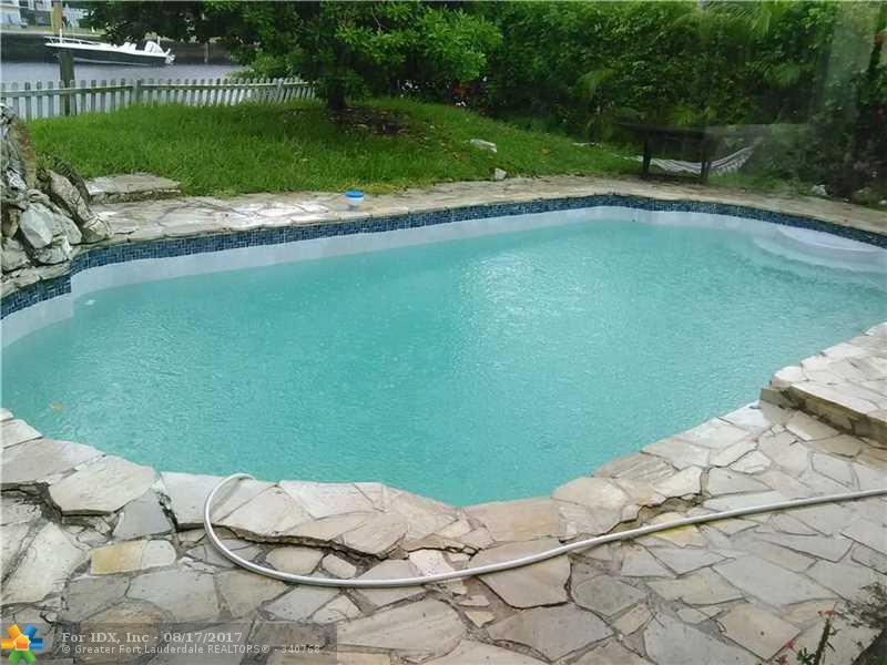 1024 S Rio Vista Blvd, Fort Lauderdale, FL 33316