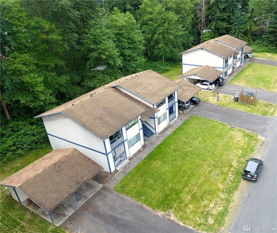 9806 158th St E, Puyallup, WA 98375