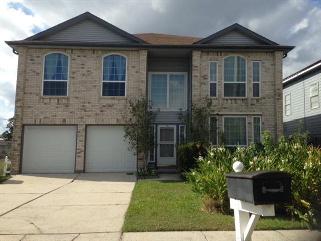 348 SOUTHWOOD Drive, Gretna, LA 70056