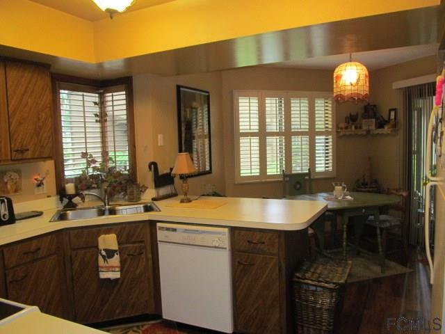 Photo 2 for Listing #229915