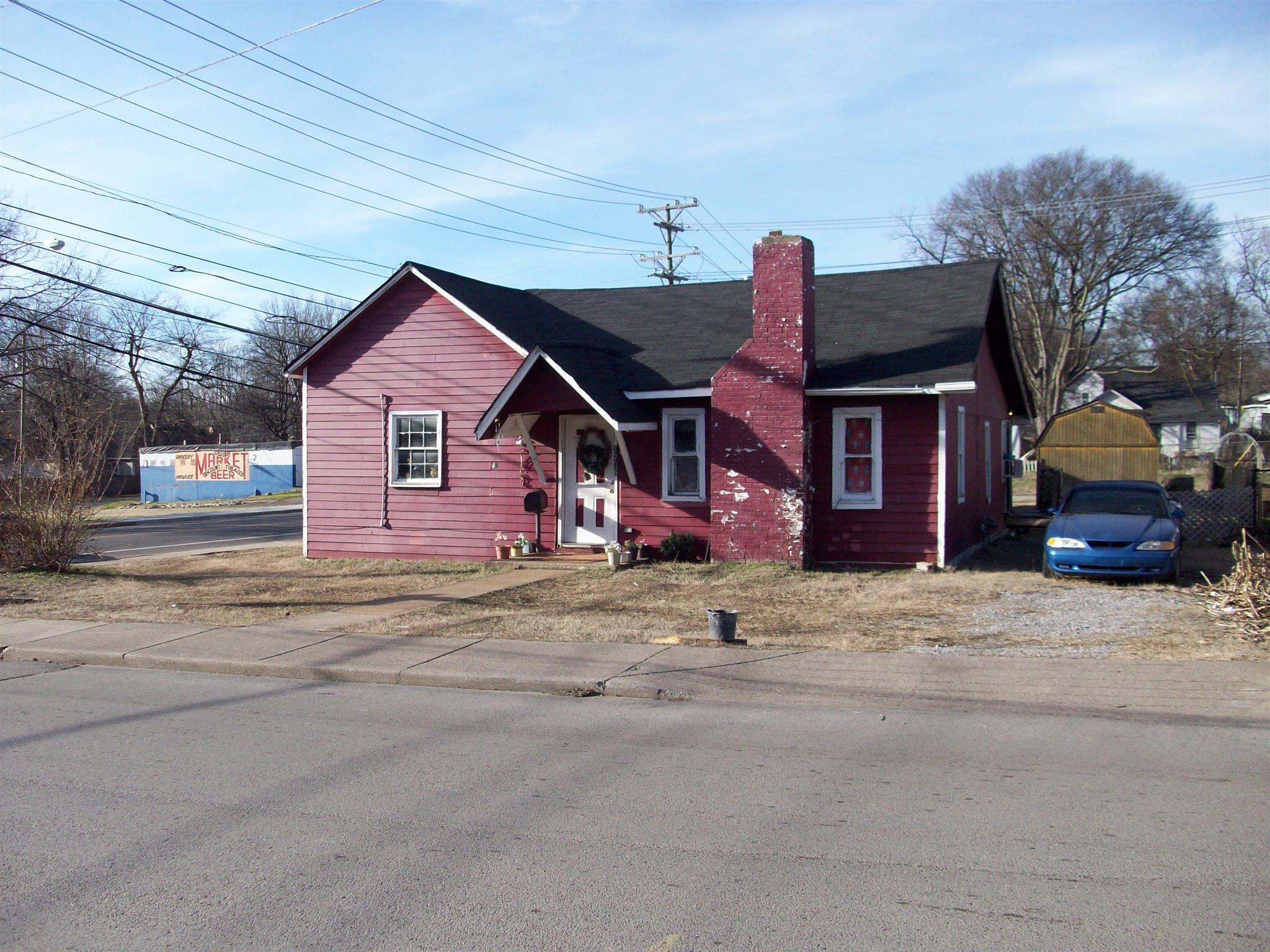 1736 Knowles St, Nashville, TN 37208