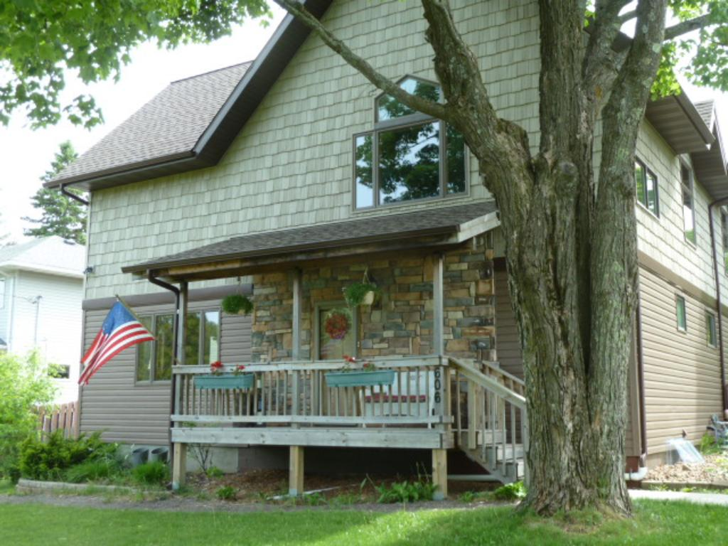 606 Farrell Road, Duluth, MN 55811