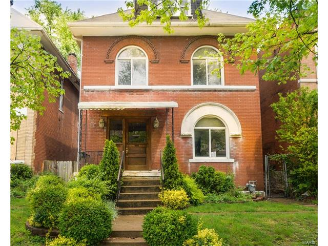 3927 Russell, St Louis, MO 63110