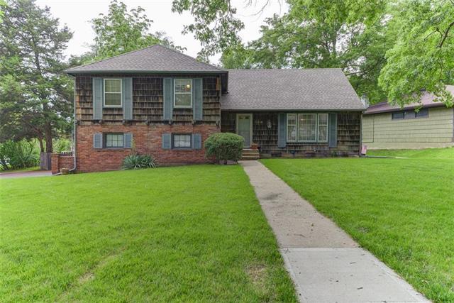 5414 W 79th Terrace, Prairie Village, KS 66208