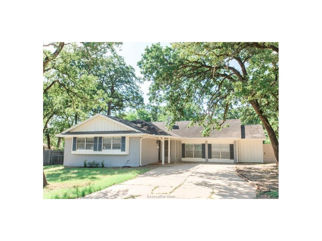 1402 Dominik Drive, College Station, TX 77840
