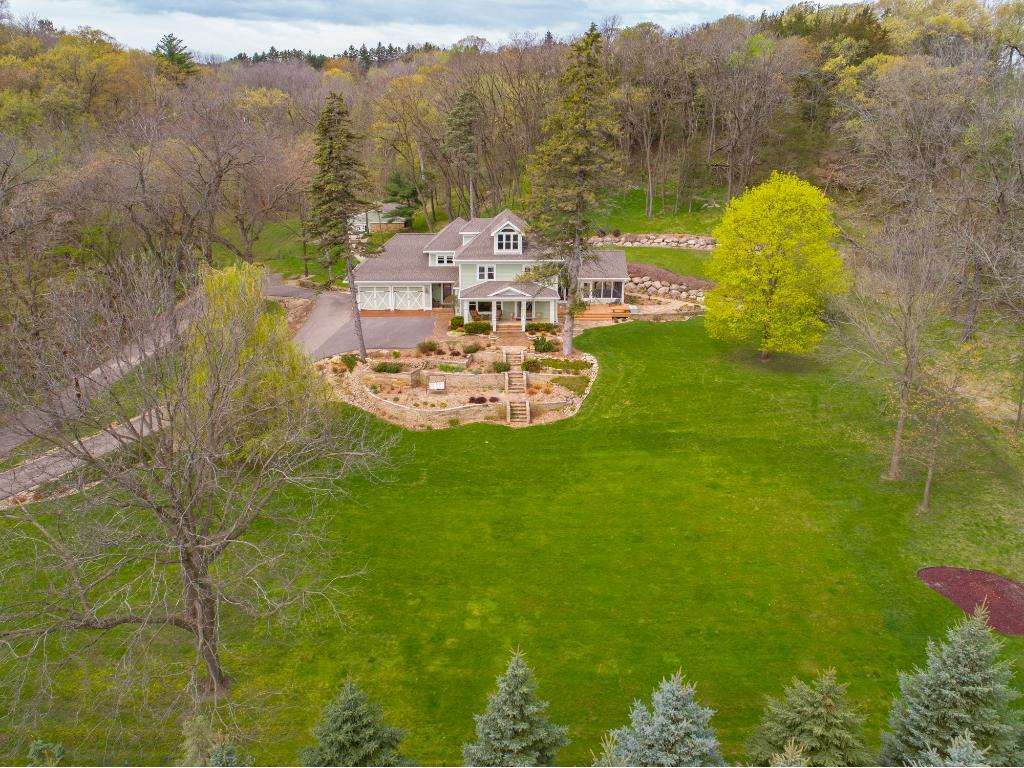2598 Stagecoach Trail S, Afton, MN 55001