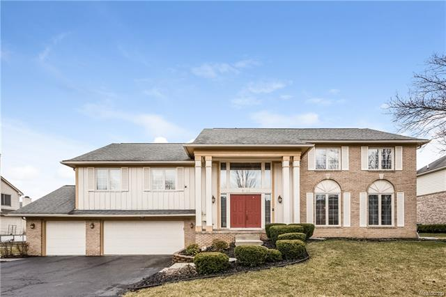 5122 VILLAGE COMMONS DR, West Bloomfield Twp, MI 48322