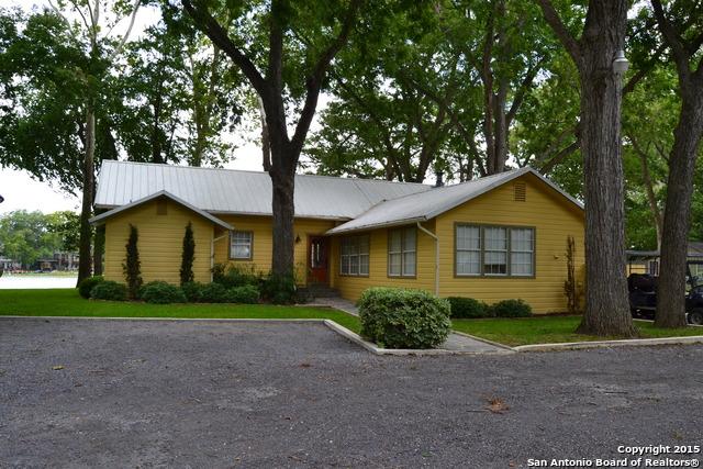 1329 TERMINAL LOOP RD, McQueeney, TX 78123