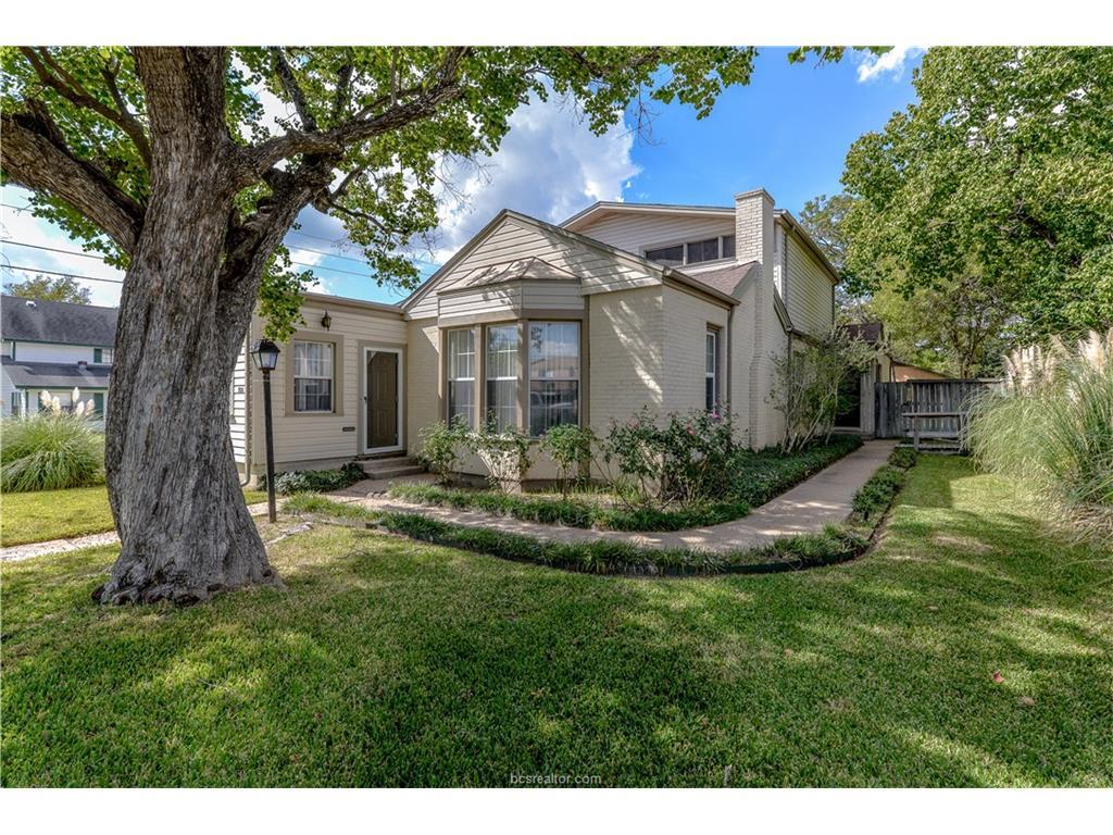 708 S Ennis Street, Bryan, TX 77803