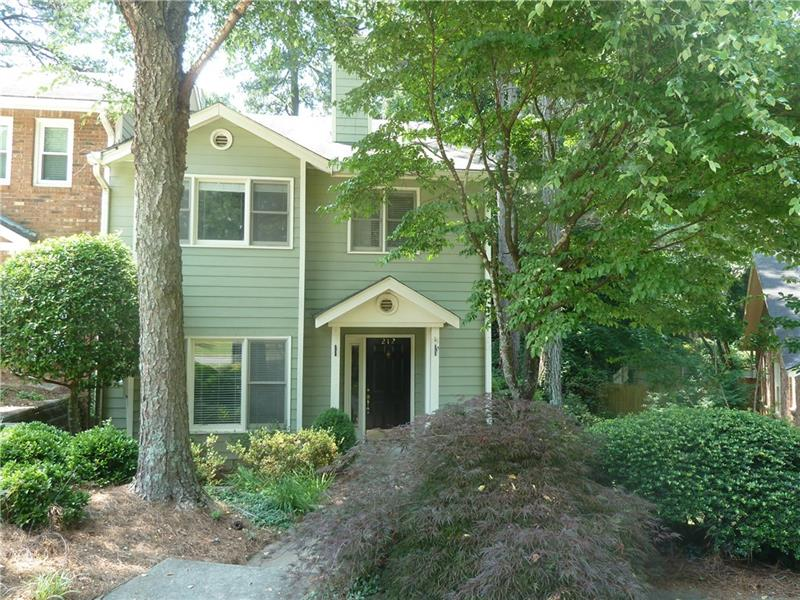 212 Peachtree Hollow Court, Atlanta, GA 30328