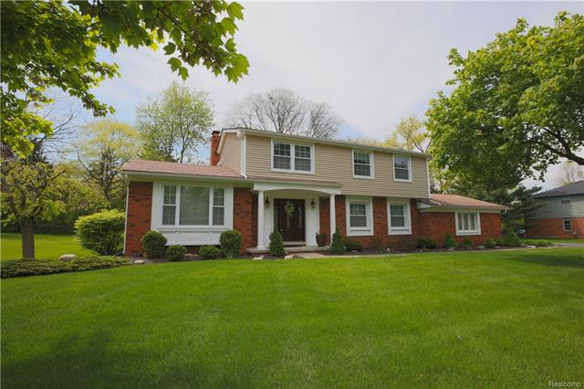 12855 GLENVIEW DR, Plymouth Twp, MI 48170