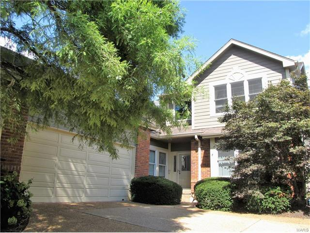 710 Willow Spring Hill Court, Town and Country, MO 63017