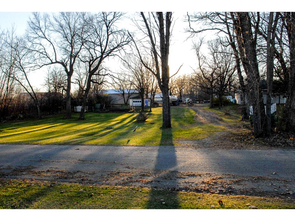 LOT 2 BLOCK 002 Brolin Beach Road, Detroit Twp, MN 56501