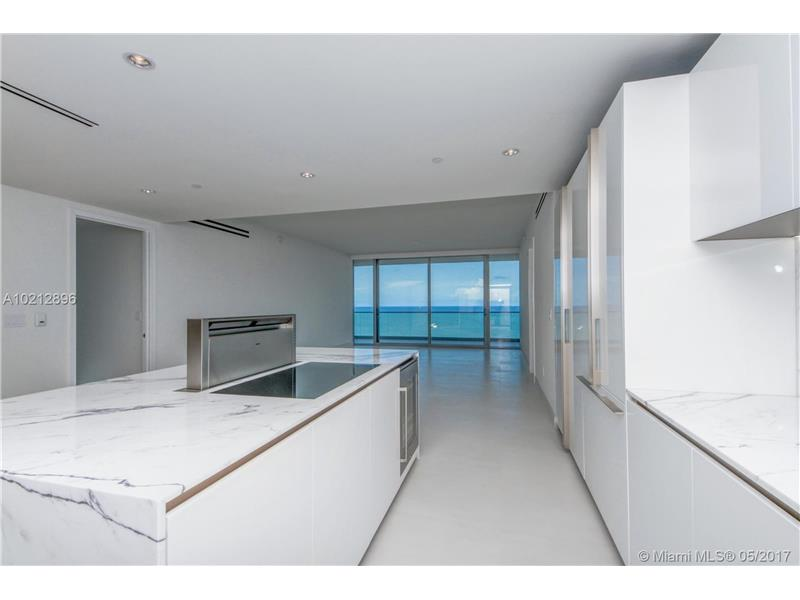 10201 COLLINS AVE 902/4, Bal Harbour, FL 33154