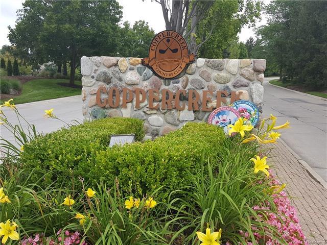 28419 GOLF POINTE Boulevard, Farmington Hills, MI 48331