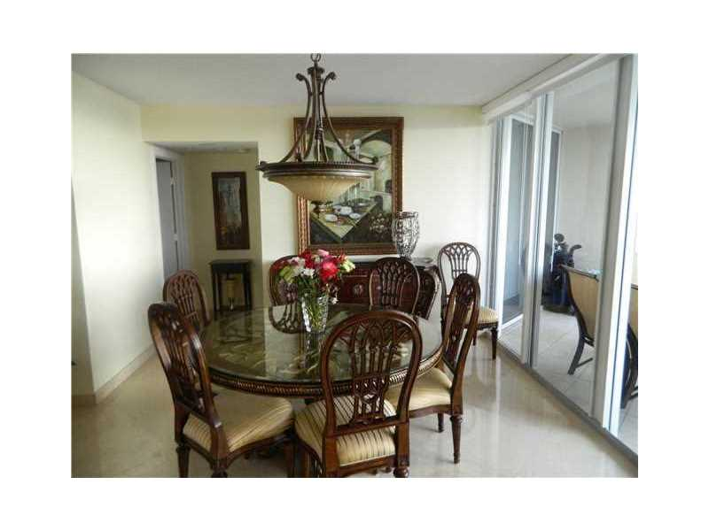 17555 Collins Ave 2003, Sunny Isles Beach, FL 33160