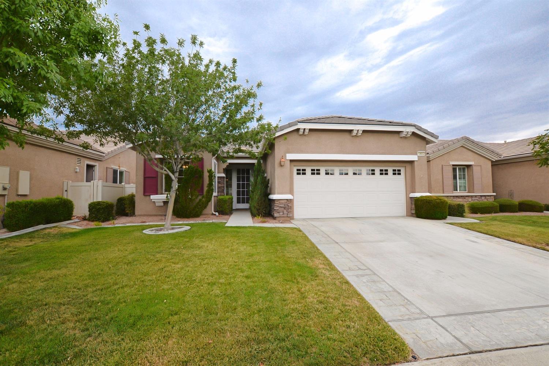 10652 Lanigan Road, Apple Valley, CA 92308