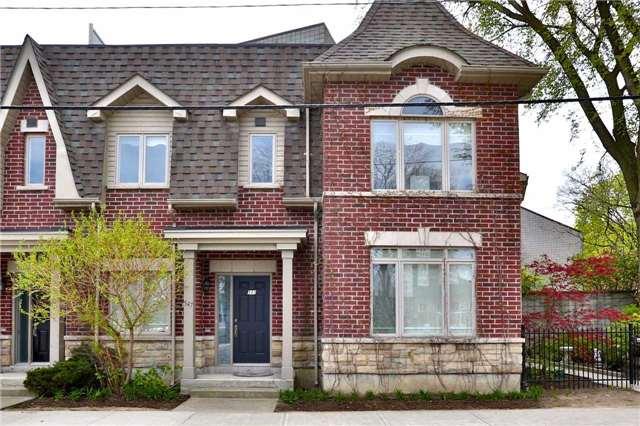 547 Shuter St, Toronto, ON M5A 1X9