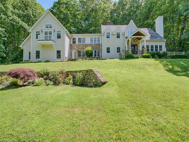 386 Walker Road, Waynesville, NC 28786