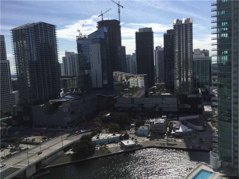 90 SW 3rd St 2903, Miami, FL 33130