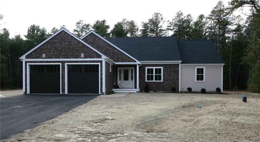 8 White Pines TRL, Charlestown, RI 02813