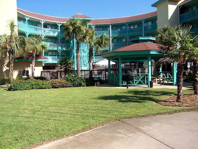 952 W Beach Blvd 205, Gulf Shores, AL 36542