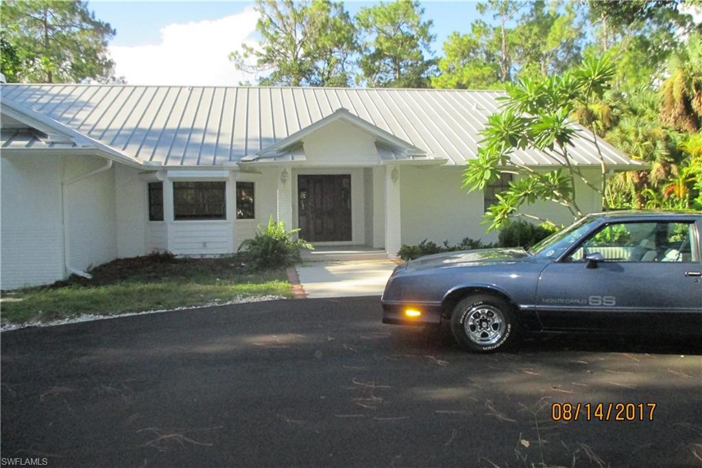6010 Standing Oaks LN, NAPLES, FL 34119