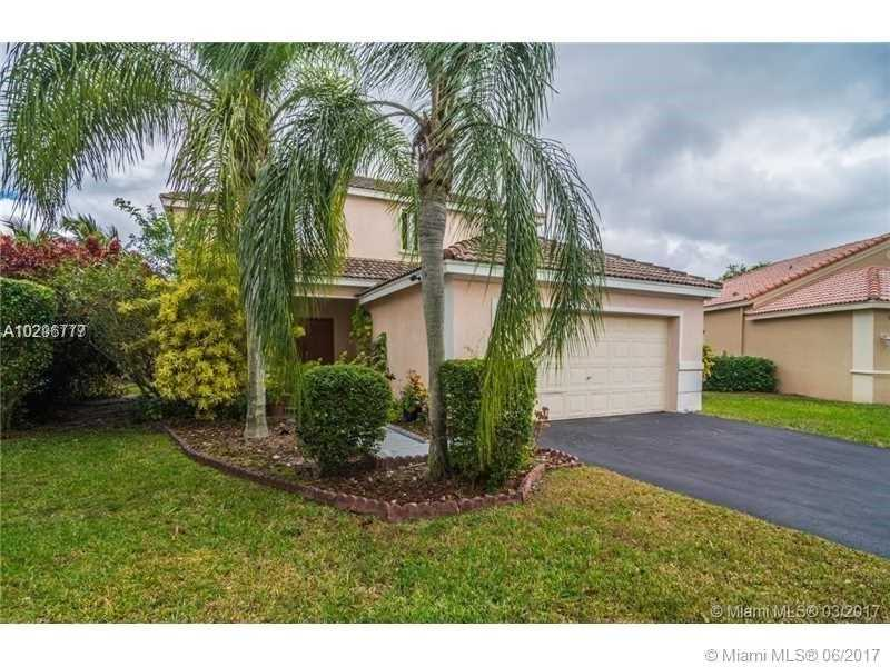 4074 Palm Pl, Weston, FL 33331