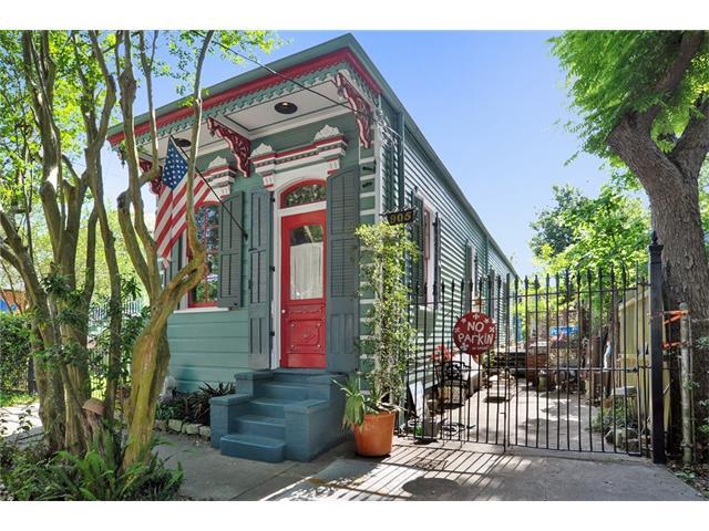 905 POLAND Avenue, New Orleans, LA 70117