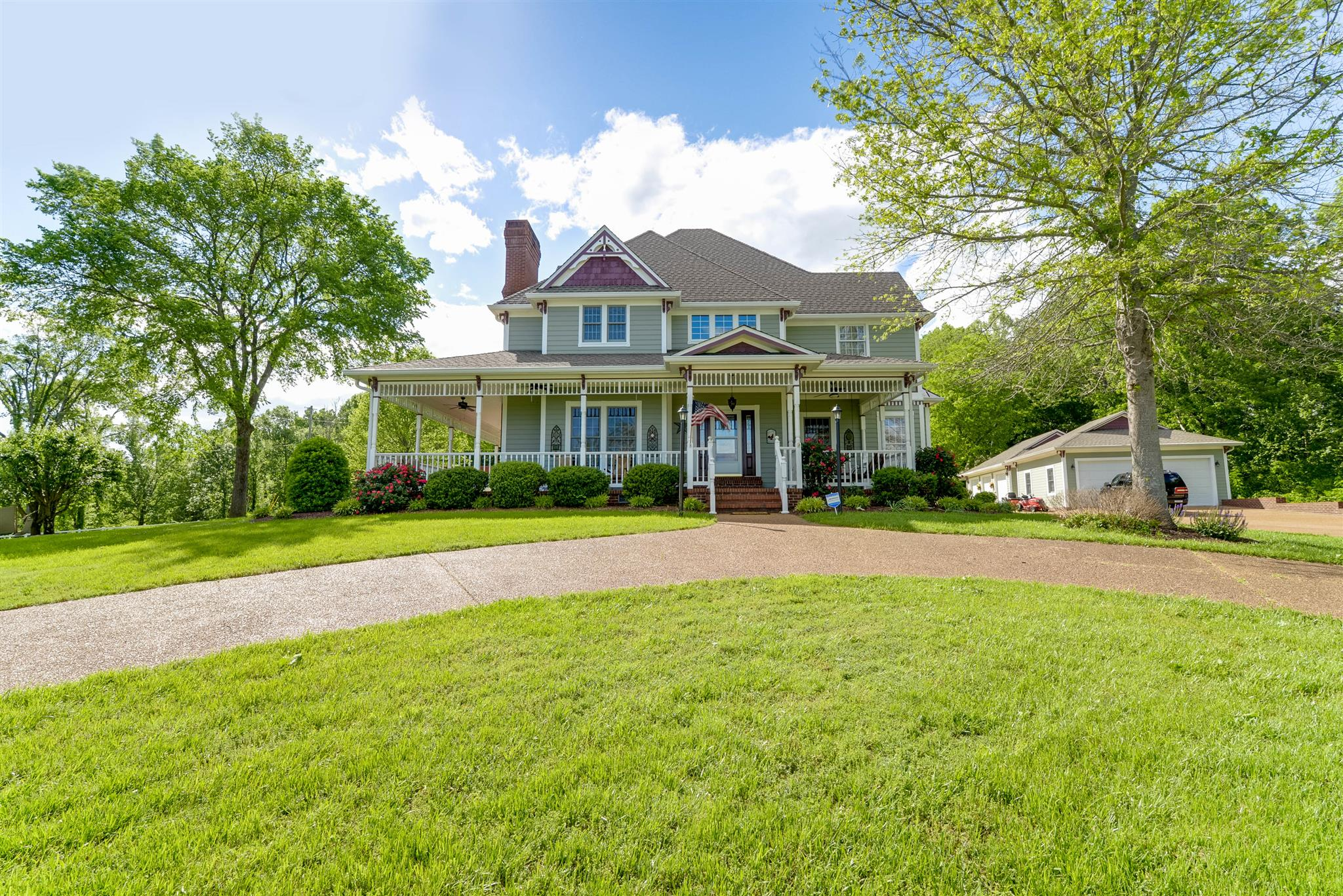 34 Luther Allen Ln, BRUSH CREEK, TN 38547