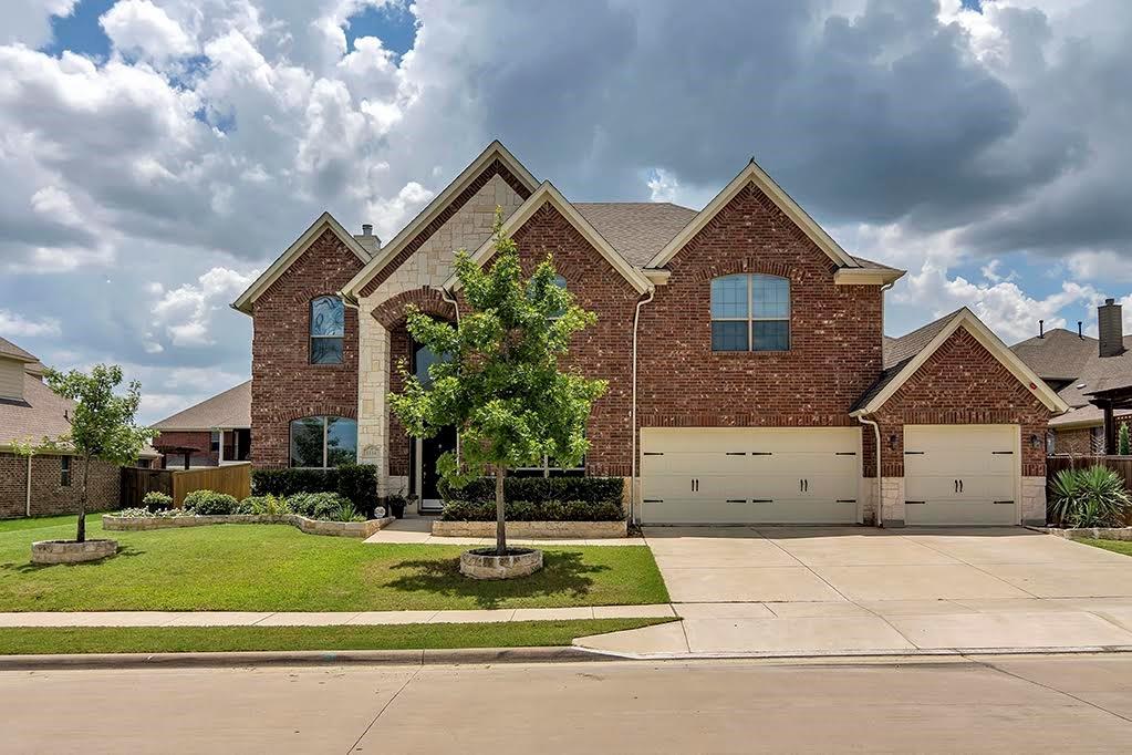 1114 Eastwick Drive, Roanoke, TX 76262