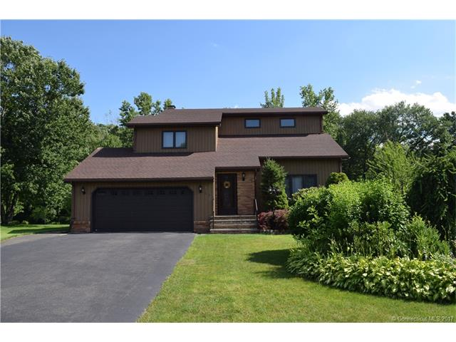 123 Country Club Dr, Windsor, CT 06095