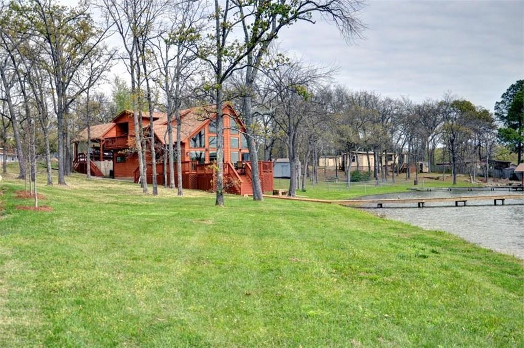 202 Lake Creek Drive, Mabank, TX 75156