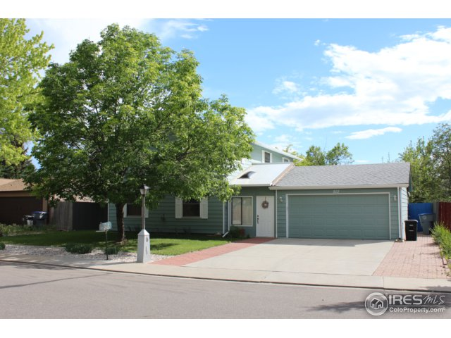 513 Independence Dr, Longmont, CO 80504