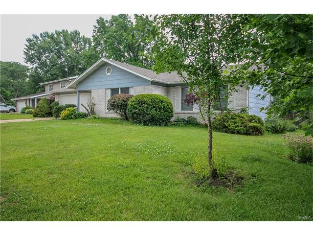 3808 Summerview, St Charles, MO 63304