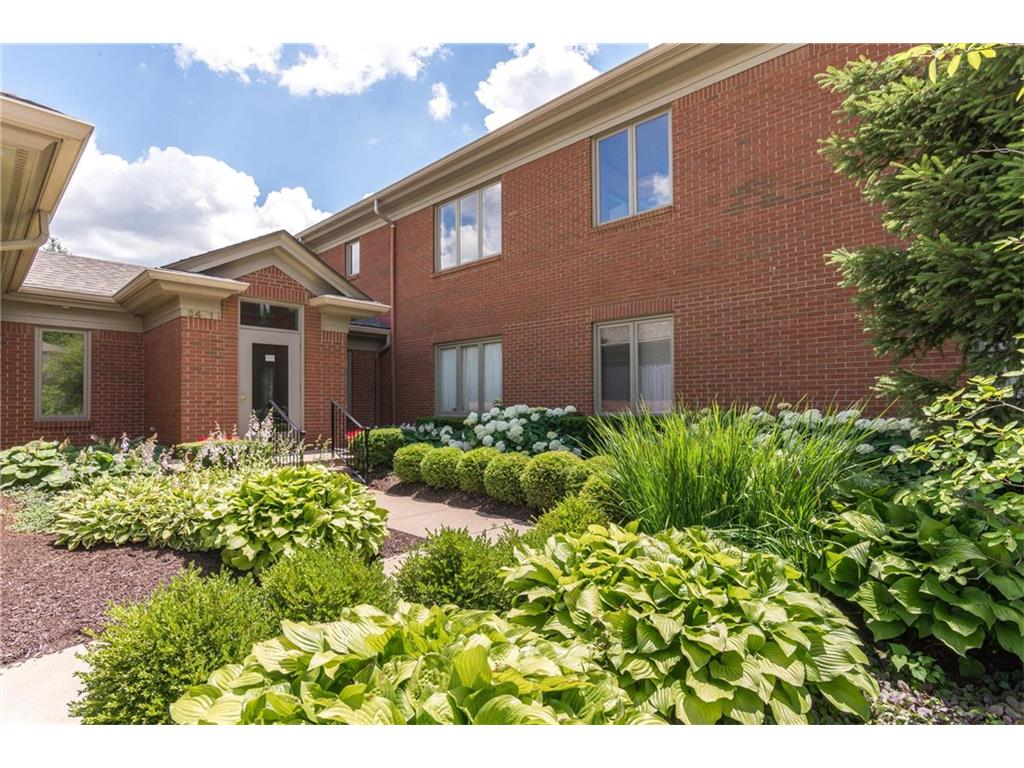 6451 Meridian Parkway 9-C, Indianapolis, IN 46220