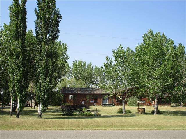 134 Mountain View Crescent, Claresholm, AB T0L 0T0