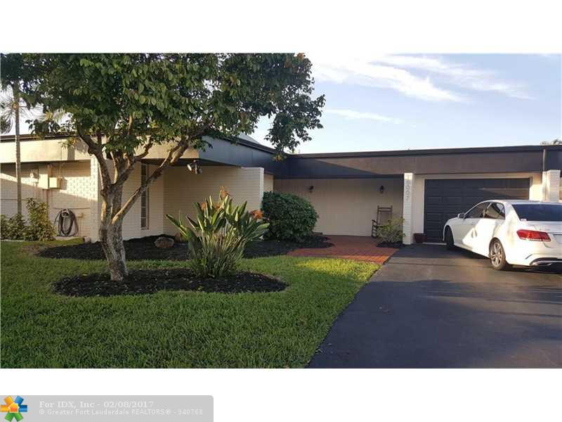 6007 Orchard Tree Ln, Tamarac, FL 33319