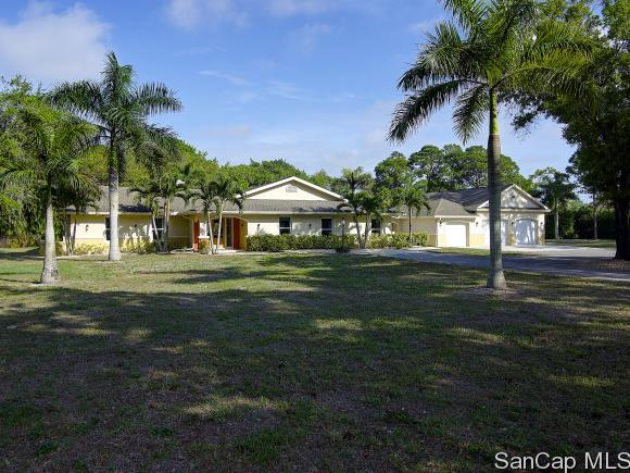 13520 BRYNWOOD LN, Fort Myers, FL 33912