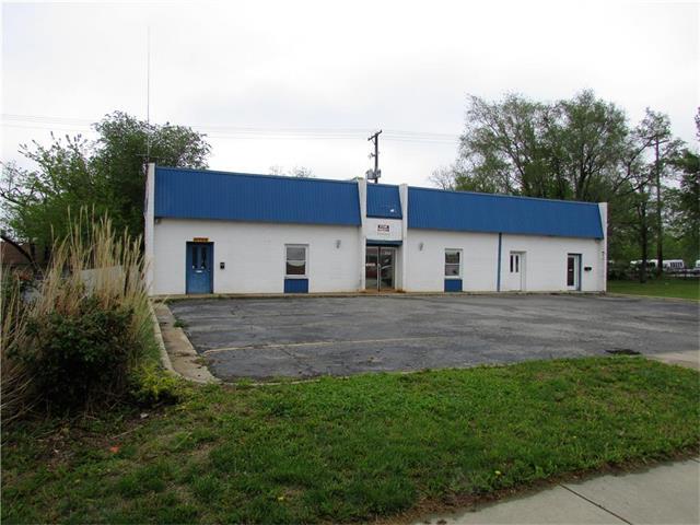 312 W SANTA FE Street, Olathe, KS 66061
