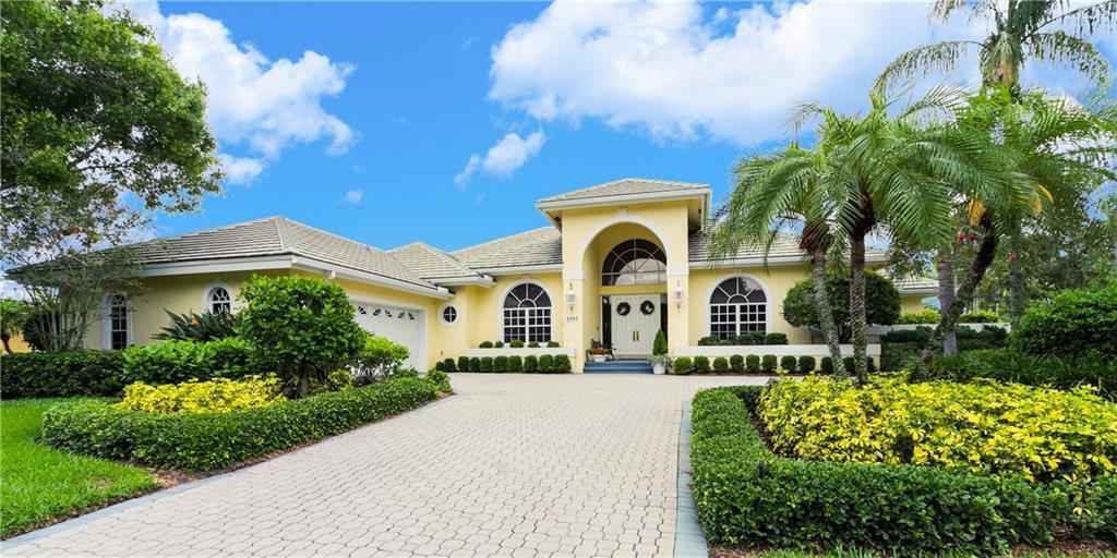 2085 SW Oakhill Way, Palm City, FL 34990