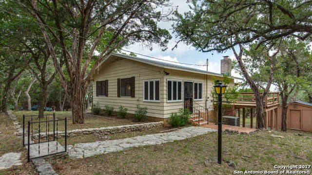 153 WHITE OAK DR, Canyon Lake, TX 78133