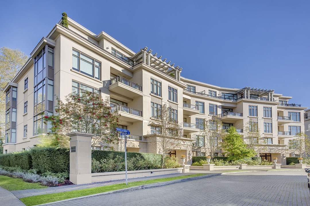 508 WATERS EDGE CRESCENT 301, West Vancouver, BC V7T 0A2