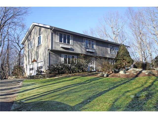 6 Valley Forge Lane, Weston, CT 06883