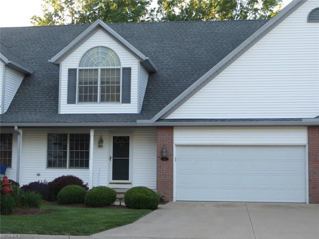 371 Northcoast Point Dr, Eastlake, OH 44095